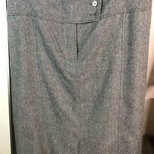 Grey tweed skirt